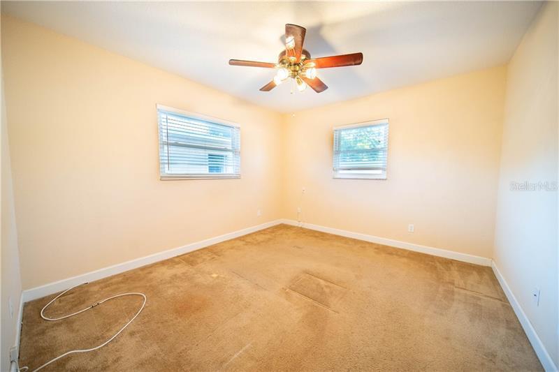 1748 NE NEW HAMPSHIRE, ST PETERSBURG, FL, 33703