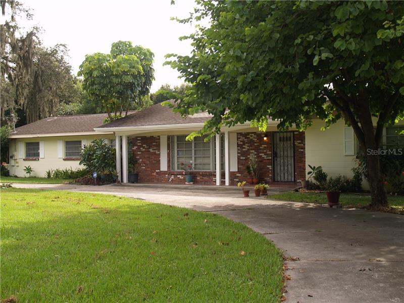 3508  MOORES LAKE,  DOVER, FL