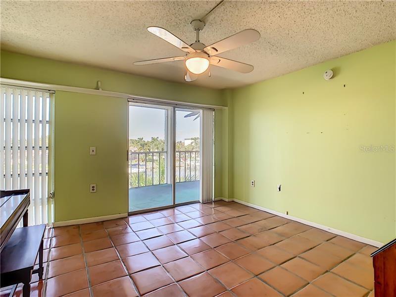 4900 S 38TH 302, ST PETERSBURG, FL, 33711