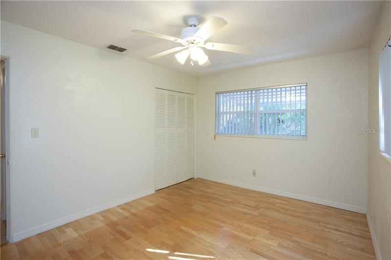 2500 N 80TH, ST PETERSBURG, FL, 33710