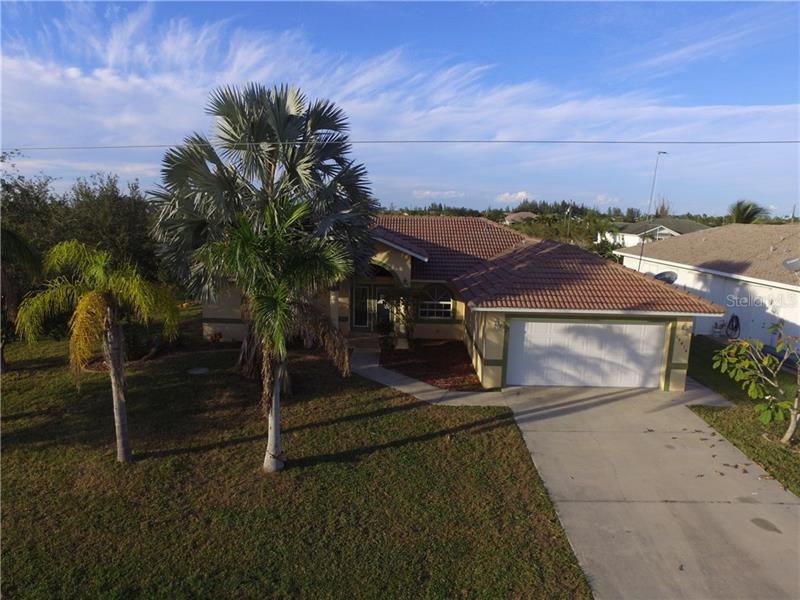 15416  AVERY,  PORT CHARLOTTE, FL
