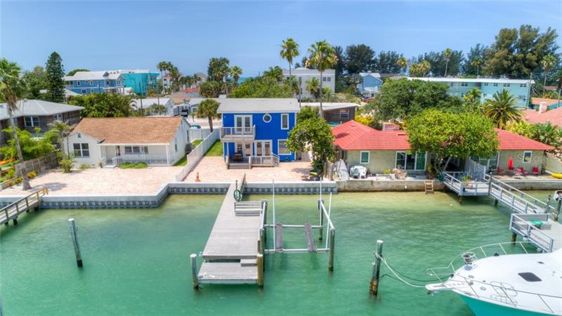 8135  BAYSHORE,  TREASURE ISLAND, FL