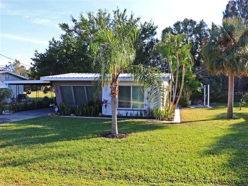 1747  MANGOE,  PUNTA GORDA, FL