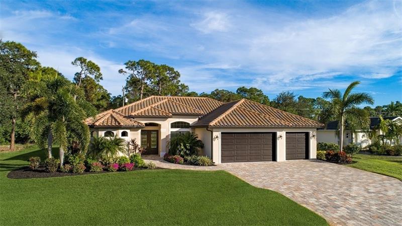 8090  WILTSHIRE,  PORT CHARLOTTE, FL