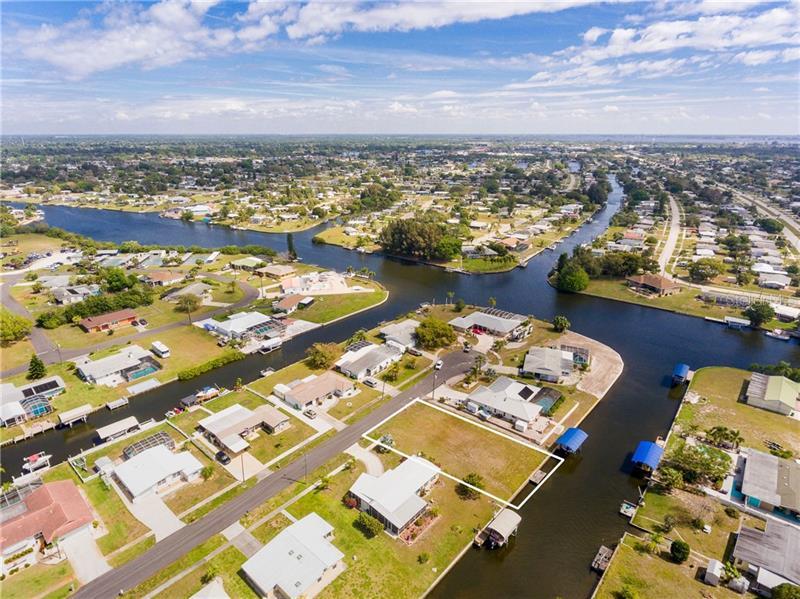 114 NE DOWLING,  PORT CHARLOTTE, FL