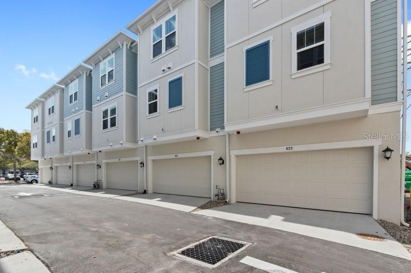 821 N BURLINGTON, ST PETERSBURG, FL, 33701