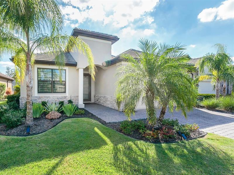7824  RIO BELLA,  UNIVERSITY PARK, FL