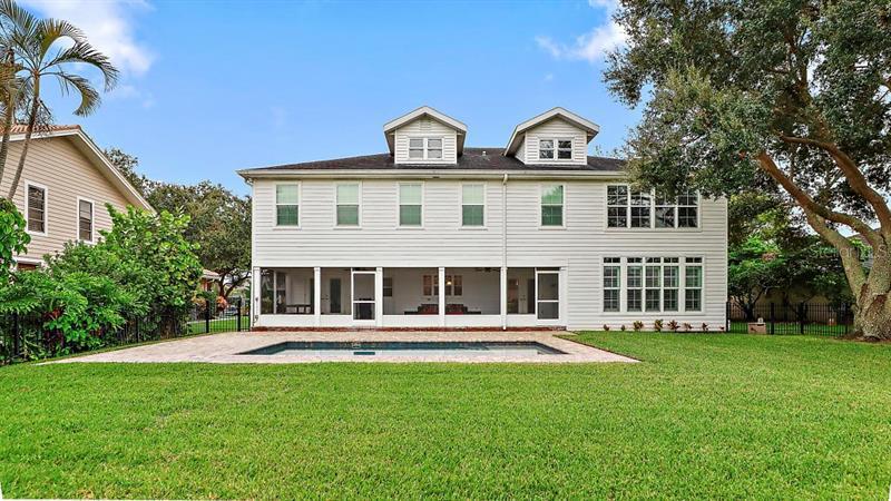 729 NE SUWANNEE, ST PETERSBURG, FL, 33702