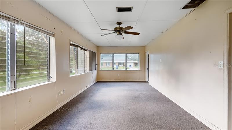 100 E PEARL, MINNEOLA, FL, 34715