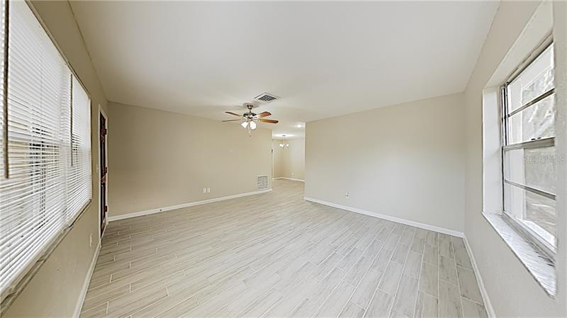 1810 NE NEW HAMPSHIRE, ST PETERSBURG, FL, 33703