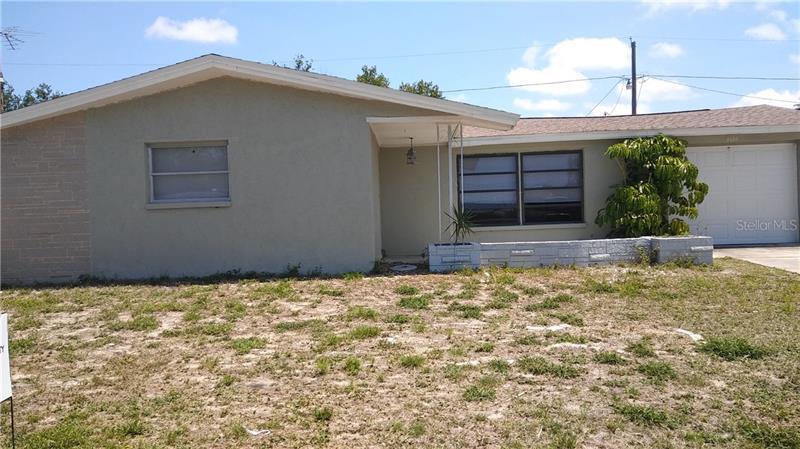 3534  WINDER,  HOLIDAY, FL