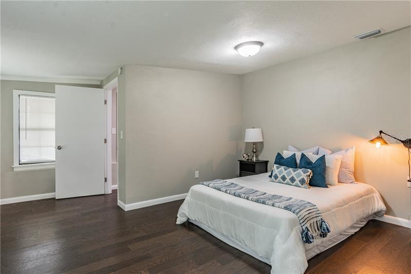 5630 N 3RD, ST PETERSBURG, FL, 33710