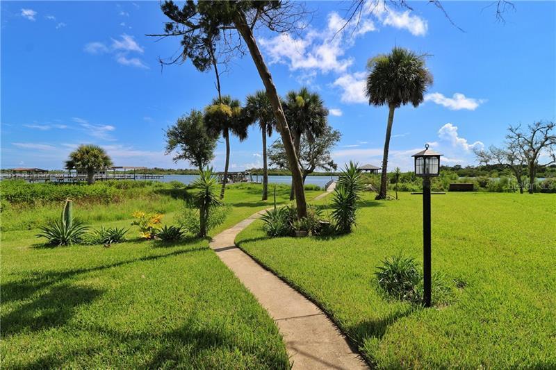 285 GOLDEN BAY, OAK HILL, FL, 32759