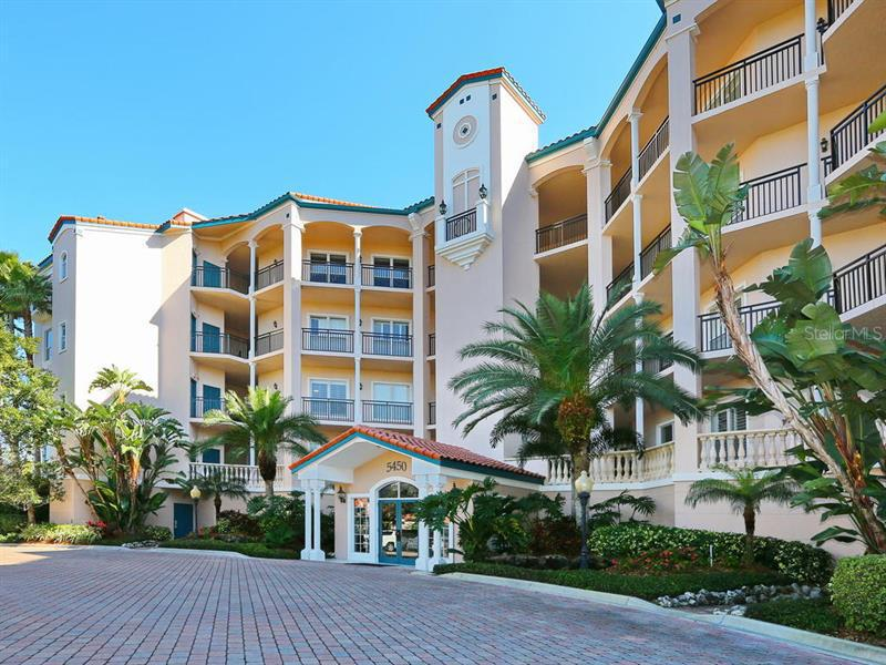 5450  EAGLES POINT,  SARASOTA, FL