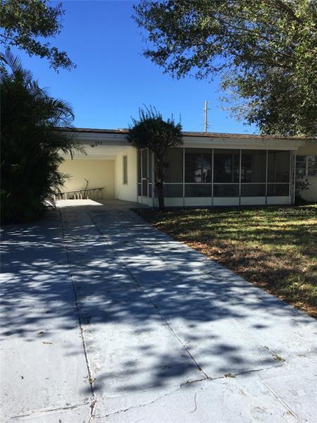422  THOMAS,  FROSTPROOF, FL