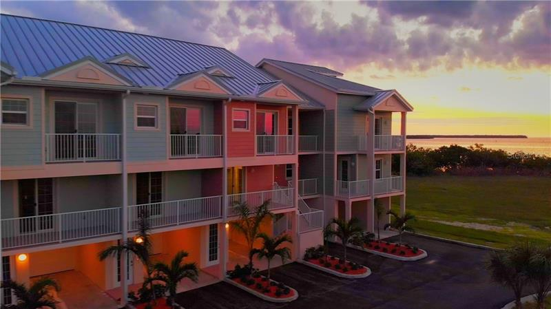 3282  MANGROVE POINT,  RUSKIN, FL