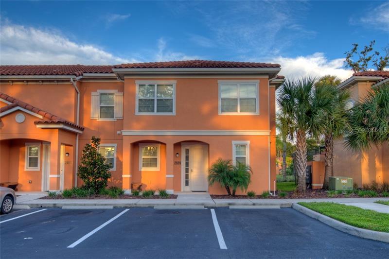 O5735482 Kissimmee Waterfront Condos, Condo Buildings, Condominiums FL
