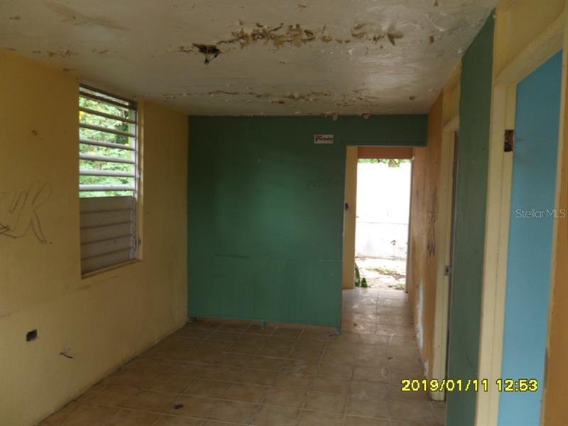 628  SABANA HOYIS,  ARECIBO, FL