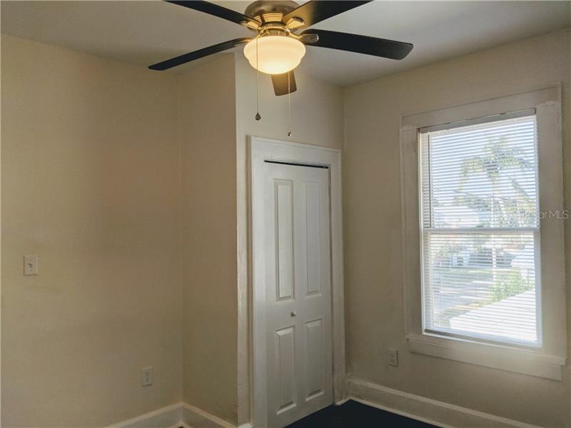 2826 N 10TH Upper, ST PETERSBURG, FL, 33704