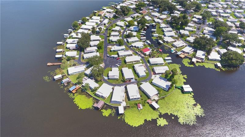 14 CAPTAINS, FRUITLAND PARK, FL, 34731