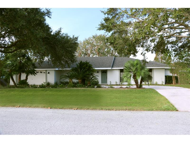 G4847916 Clermont Waterfront Homes, Single Family Waterfront Homes FL