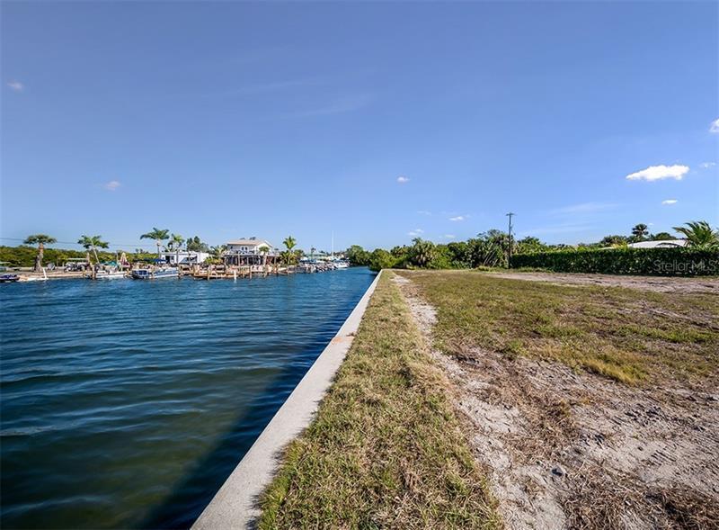 1310 AQUA VIEW, ENGLEWOOD, FL, 34223