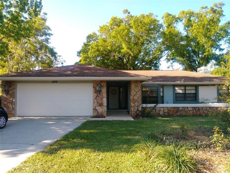 1502  TEAKWOOD,  PLANT CITY, FL