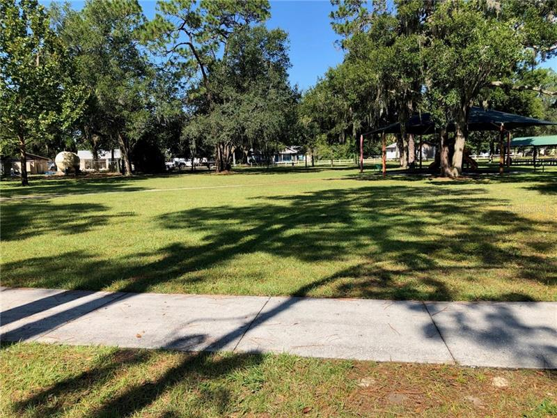 5901 OAK, MOUNT DORA, FL, 32757