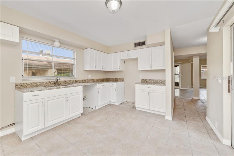 550 WINDMEADOWS 550, ALTAMONTE SPRINGS, FL, 32701