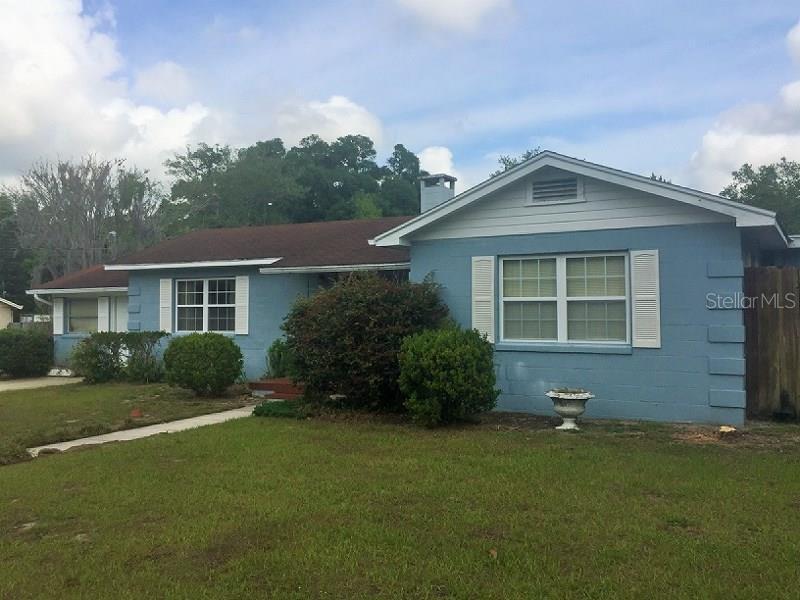 905  CAMPHOR,  DELAND, FL