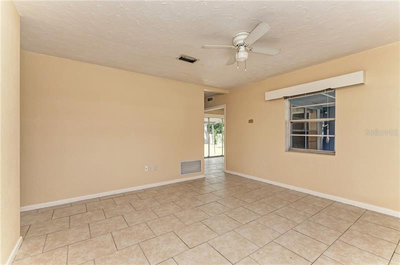 3307 W 16TH, BRADENTON, FL, 34205