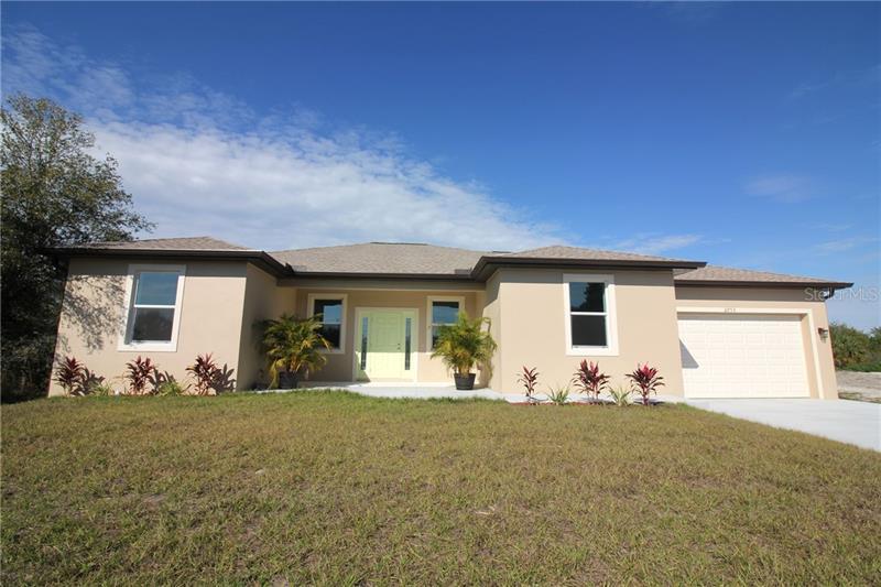 6953  MANNIZ,  PORT CHARLOTTE, FL