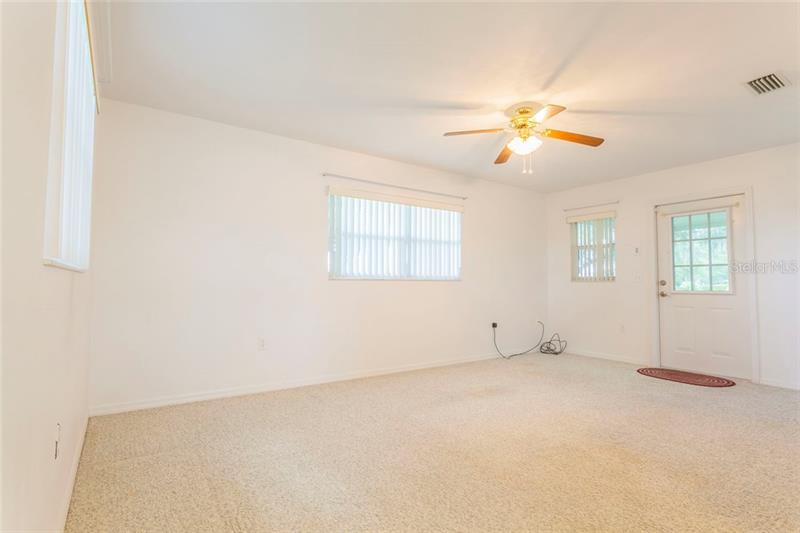 4885 COUNTY ROAD 466A, WILDWOOD, FL, 34785