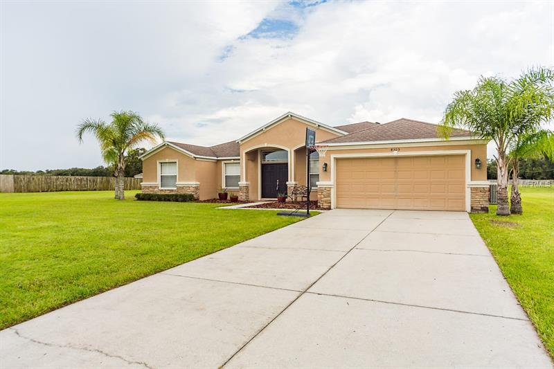 4305  AVONDALE GROVES,  PLANT CITY, FL
