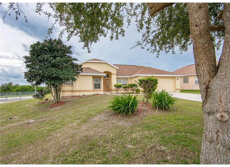 242  CLOVERDALE,  WINTER HAVEN, FL