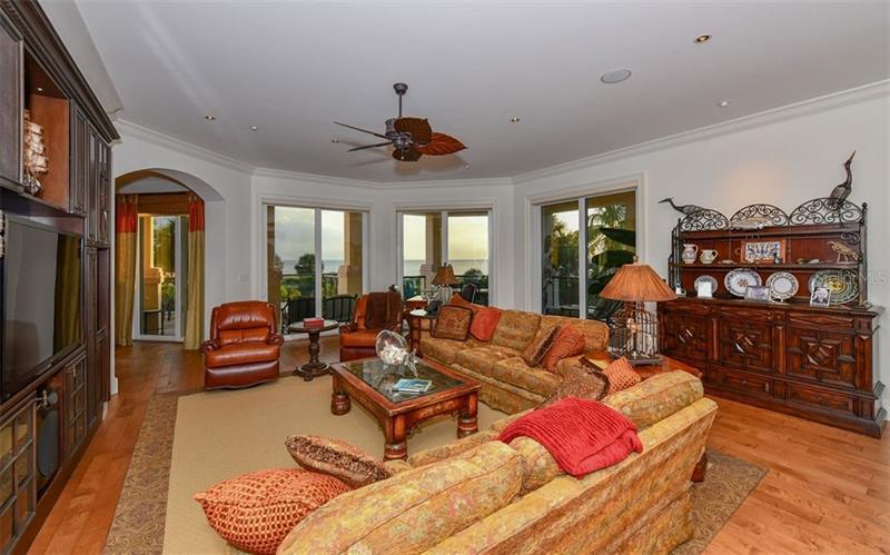Photo of 4985 Gulf Of Mexico Drive #401 (A4197684) 8