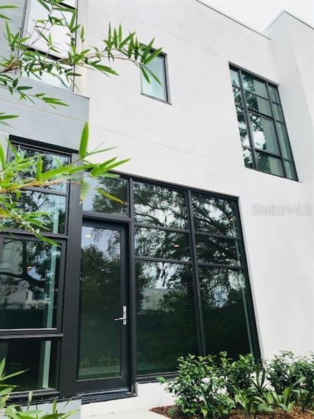 O5443984 Winter Park Waterfront Condos, Condo Buildings, Condominiums FL