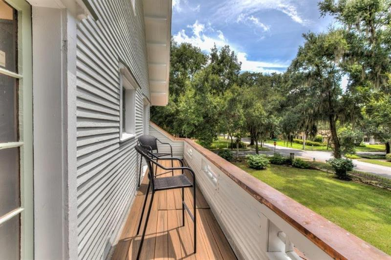 321 W 9TH, MOUNT DORA, FL, 32757