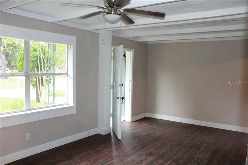 2402 NW AVENUE A, WINTER HAVEN, FL, 33880