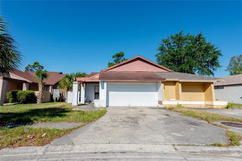 O5572551 Orlando Homes, FL Single Family Homes For Sale, Houses MLS Residential, Florida