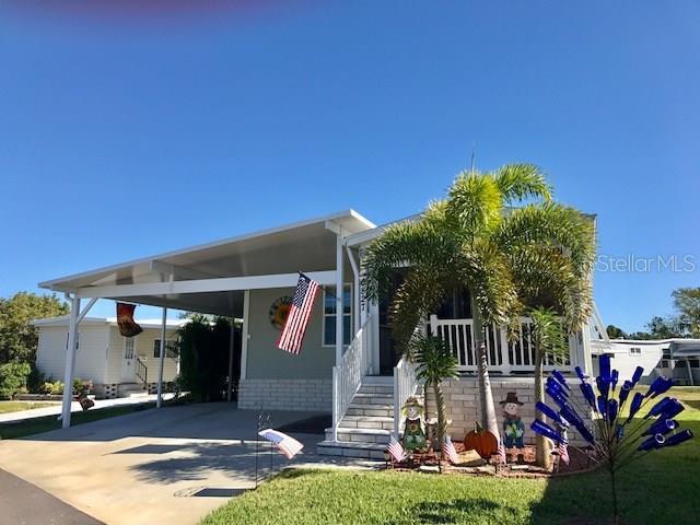 6827 NE MOUNT QUINCY,  ST PETERSBURG, FL