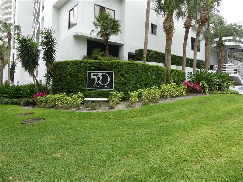 O5700718 Orlando Waterfront Condos, Condo Buildings, Condominiums FL