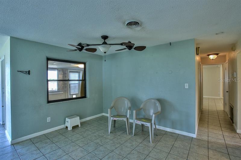1819 S RIVERSIDE, EDGEWATER, FL, 32141
