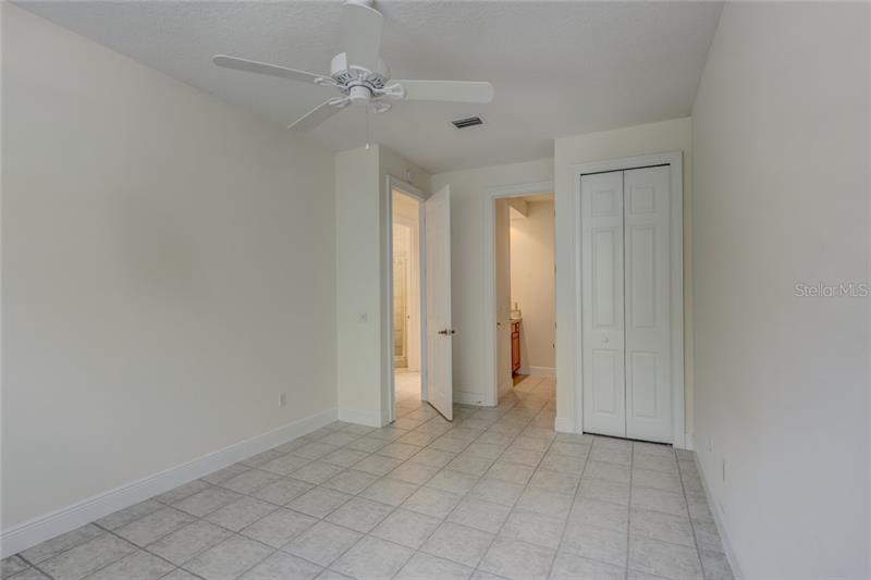 504 CAMINO REAL 504, HOWEY IN THE HILLS, FL, 34737
