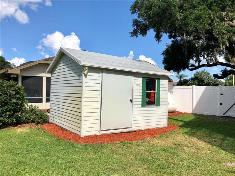 204 NE INVERNESS, WINTER HAVEN, FL, 33881
