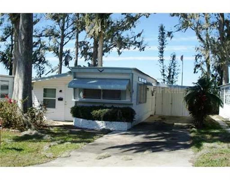 926  VILLA LAGOON,  TAVARES, FL