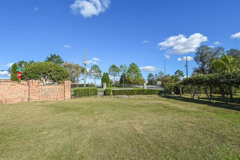 Lot 1  NEUKOM,  ZEPHYRHILLS, FL