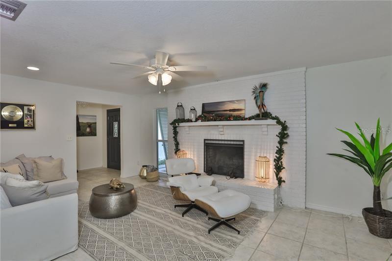1456 NE 48TH, ST PETERSBURG, FL, 33703