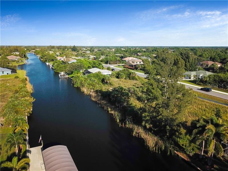 15275  APPLETON,  PORT CHARLOTTE, FL