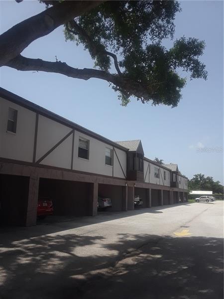 1126  KING ARTHUR,  DUNEDIN, FL